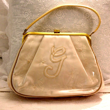 1950s Vintage Purse, Ivory Satin Handbag, 50s Retro Purse, Bridal Party Purse, Letter G n Pearls, Vintage Purses, Rockabilly Clutch, Lovely