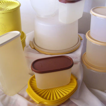 Clearance Additional 33% Off Tupperware Lot 28  Pieces Canisters, Jug, Servalier Bowl, Stir and Pour Cake Carrier Modulars Storage Air Tight