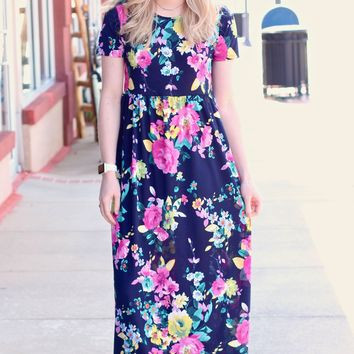 Gardenia Short Sleeve Maxi Dress {Navy Mix}