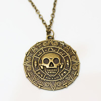 Pirates of the Caribbean Aztec Gold Coin Medallion Necklace Pendant Elizabeth