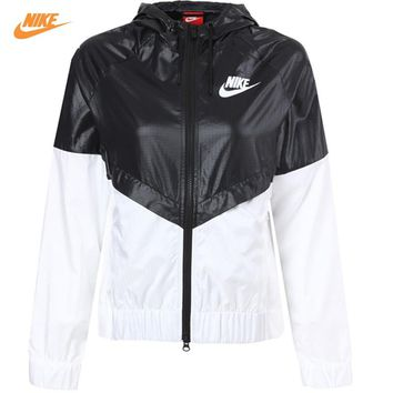 Nike Women's Coat Summer Sports Windbreaker Hooded Jacket Windrunner Fast Dry