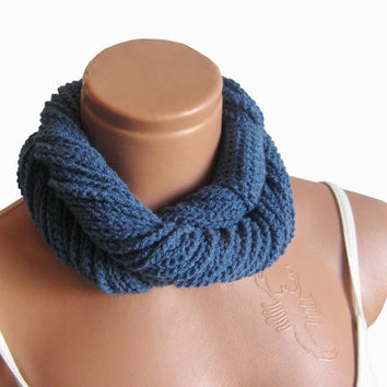 Navy Blue infinity Scarf, Woman Scarves, Fashion Woman Accessory, Crochet infinity Scarf... Scarf necklace, loop scarf