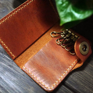 Custom Key Holder/Slim Leather Key Holder/ handmade Key Case / key chain/Personalized Key Holder/Best Gift  For Christmas