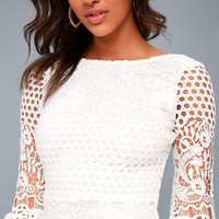 Angelisa White Lace Long Sleeve Dress