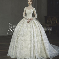 Free shipping New Arrival Beautiful Light Champagne Royal Big Ball Gown Wedding Dresses 2017 Long Sleeve Bridal Gowns Free Veil