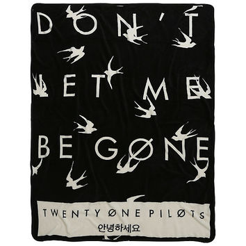 Twenty One Pilots Don't Let Me Be Gone Throw