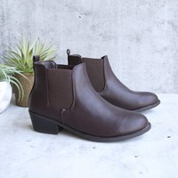 ankle chelsea bootie - brown