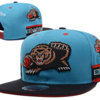 Mitchell & Ness Grizzlies Snapback in Classic Colors