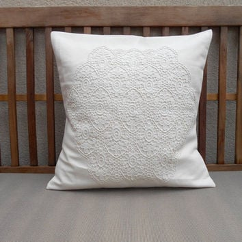 Lace Decorative Pillow, Cream Shabby Chic Pillow Cover, Ivory Throw Pillow Cover, Cottage Decor, Pillow Cover 18 x 18, Lace Doily Pillow