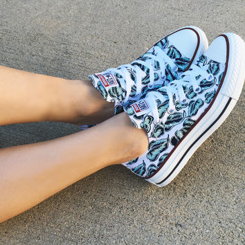 Beach Blossom Converse Low Top