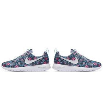 The Nike Roshe One Print Premium Men's Shoe.
