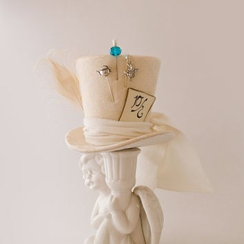 Mad Hatter, Wedding, Burlesque, Wedding, Steampunk, Victorian, Alice in Wonderland, Bachelorette, Cosplay,  Ivory Wedding Mini Top Hat Ivory