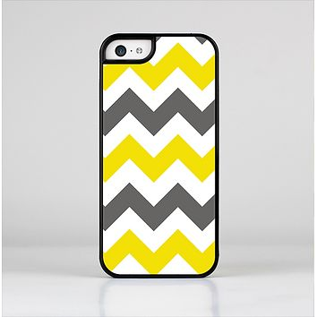 The Gray & Yellow Chevron Pattern Skin-Sert for the Apple iPhone 5c Skin-Sert Case