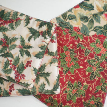 Holiday Coasters set of 6, Quilted Reversible Holly Leaves Fabric Coasters Secret Santa Hostess Gift Holiday Basket Accent
