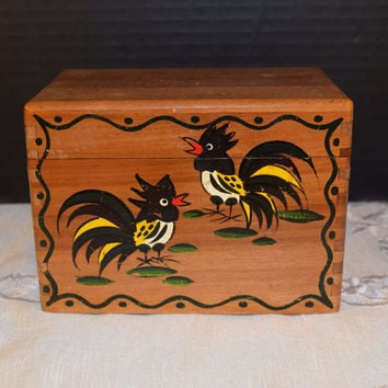 Woodpecker Woodware Wooden Recipe Card File Box Vintage Japan Chicken Rooster Hand Painted Decorated Recipe Box Chicken Kitchen Collectible