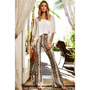 On The Prowl Pant in Taupe