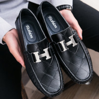 HERMES lazy people casual leather shoes fashion is wearing doudou shoes man leather H with four seasons male shoes F0218-1 Black