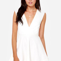 Do&Be White Fit And Flare Dress (Small/Indie Brands)