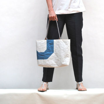 Recycled Sail Purse with Light Blue Lining by reiter8 on Etsy