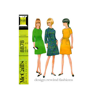 1960s TEEN GIRL Fit & Flare DRESS Pattern in 3 Versions Raglan Bell Sleeves French Darts Bust 32 Vintage McCall's 8878 Teen Sewing Patterns