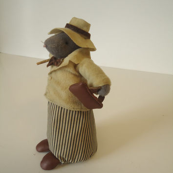 "Vintage  Felt Cloth Toy  Old Papa Mouse Going to Work 6"" Tall"