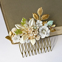 Bridal Hair Comb  Vintage Hair Comb Wedding Hair piece by lonkoosh