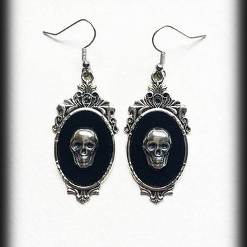 Gothic Skull Earrings, Skull Cameo Earrings, Gothic Earrings, Antique Silver, Gothic Jewelry, Alternative Jewelry, Gothic Gift For Her