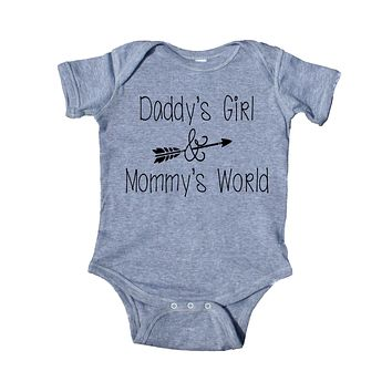 Daddy's Girl And Mommy's World Baby Bodysuit Funny Cute Newborn Gift Baby Shower Infant Clothing