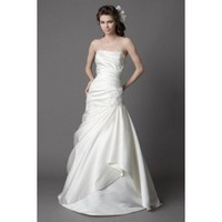Chic sleeveless trumpet / mermaid floor-length bridal gowns