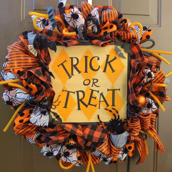 Halloween Burlap Mesh Wreath - Fall Burlap Mesh Wreath - Halloween Wreath - Fall Wreath - Trick or Treat Burlap Mesh Wreath