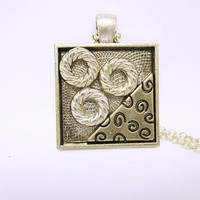 Modern Original Pendant Brushed Silver Pendant Tray Abstract Design Matching Silver Chain