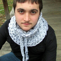 Men's Chunky Crochet Cowl, White and Black Scarf, Neckwarmer, Unisex Scarf Cowl, Wool Scarf, White Cowl