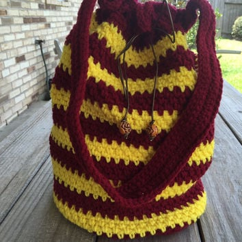 Large Crocheted Harry Potter Bucket Bag, Red & Gold Stripes, Lined, Crochet Book Bag, Drawstring Bag, Gryffindor bag, tote bag, Harry Potter