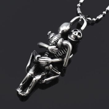 ATGO Charm Affectionate Double Skull Pendant Necklace Stainless Steel Jewelry For Men's Best Friend Gifts BP123