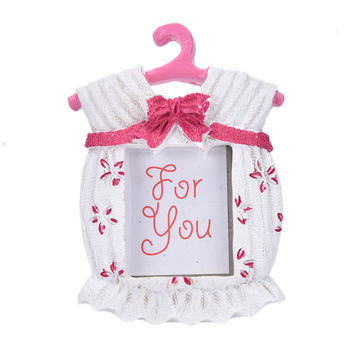 1pc Hot Fashion Resin Baby Shower Clothes Pattern Baby Photo Frame Small Pink Picture Frame Gifts Home Decor