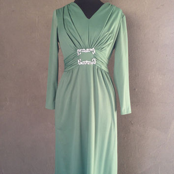 HALF OFF Vintage 1970s Sage Green Long Sleeve Maxi Gown M (g)