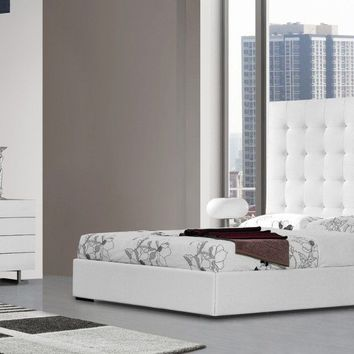 Modrest Lyrica - White Leatherette Tall Headboard Bed