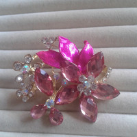 pink crystal flower rhinestone goldtone  brooch  pin