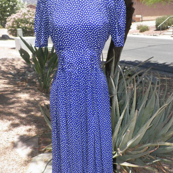 Vintage 80s Dress. KARIN STEVENS.  Royal Purple. Polka Dot. Size Small / Medium. 80s. Short  Sleeve. Size 8.