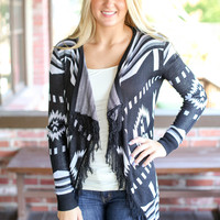 Dark Kisses Cardigan - Black