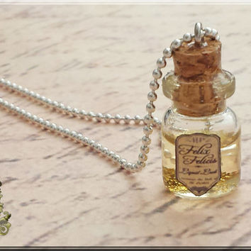 Felix Felicis, Potion, Liquid Luck, Harry Potter Potion Necklace, Harry Potter Jewelry, Harry Potter Necklace, Harry Potter, Gold, 18mm