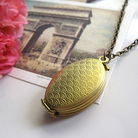 Scallop Design Vintage Style Folding Brass Multi Photos Family Locket Long Necklace. Memories Keepsake