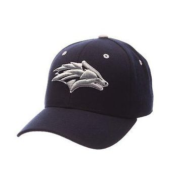 Licensed Nevada Wolf Pack Official NCAA DHS Size 7 Fitted Hat Cap by Zephyr 793701 KO_19_1