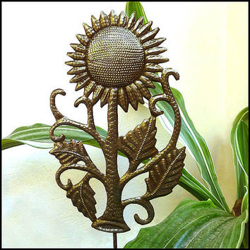 Sunflower Metal Plant Stake - Outdoor Garden Decor - Metal Plant Marker, Plant Stick, Garden Ornament, Metal Art. Garden Markers - PS-1769