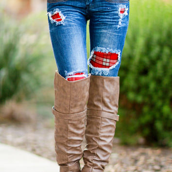 DISTRESSED PLAID SKINNY JEANS