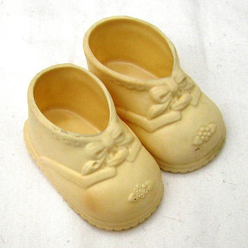 Vintage Baby Doll Shoes in White, No. 1, With Embossed Ties & Flowers