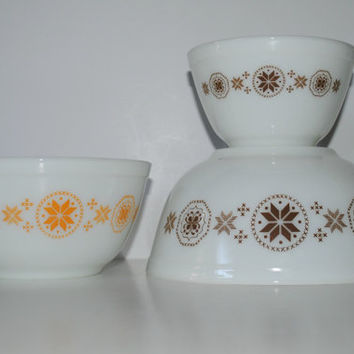 PYREX Town and Country 3 Piece Mixing Bowl Set - (#500.77)