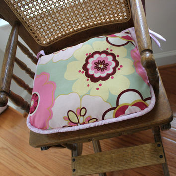 Retro Floral High Chair Seat Cushion