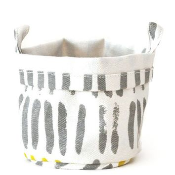 Canvas Bucket - Gray Vertical Strokes