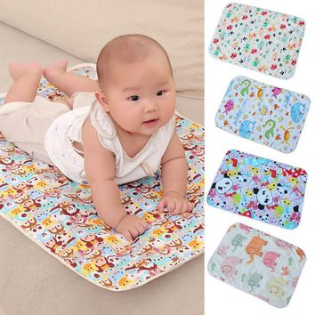 New Arrivals Cartoon Cotton Baby Waterproof Mat Large Baby Mat Cover Infant Urine Pad Mattress Sheet Protector Bedding